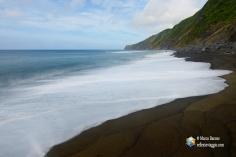 La spiaggia nera di Baia da Ribeira das Cabras