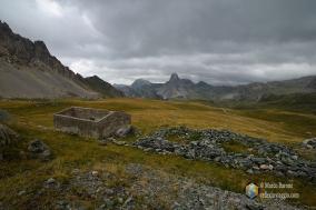 Alcune vecchie fortificazioni nei pressi del rifugio Gardetta.